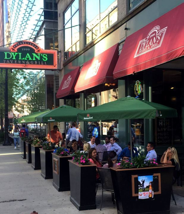 Exterior patio of Dylan's Tavern and Grill in Chicago, Illinois